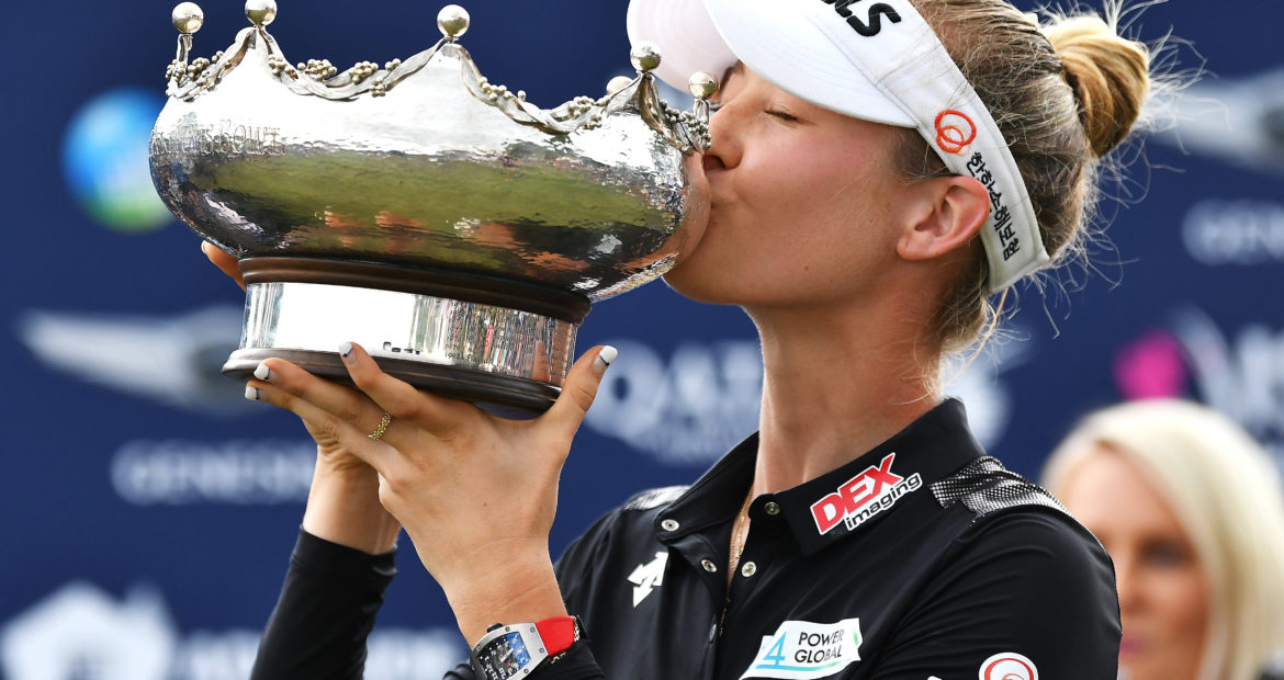 Nelly Korda kisses the Patricia Bridges Bowl at 2019 ISPS Handa Women's Australian Open: Day 4